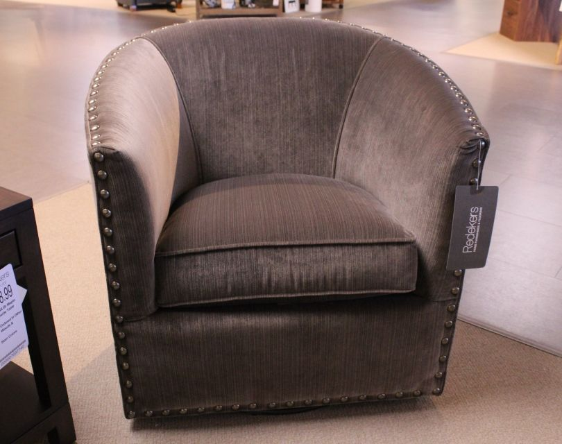 Mayo Swivel Chair
