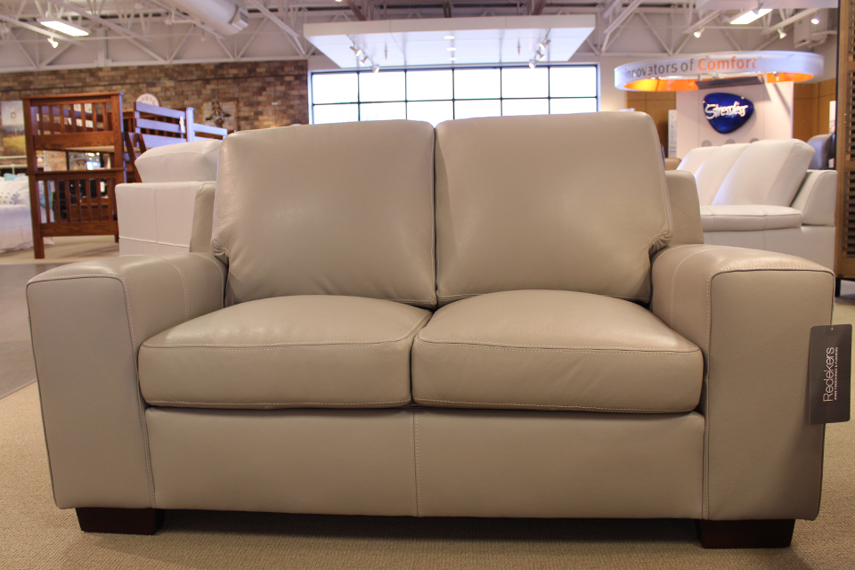 Leather Living Bailey Cloud Gray Loveseat