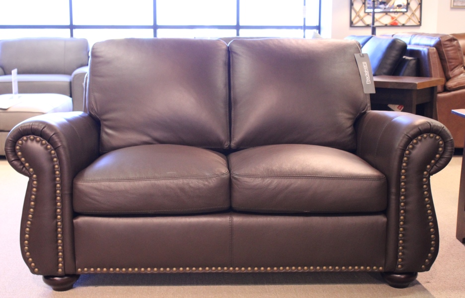 Leather Living Journey Loveseat