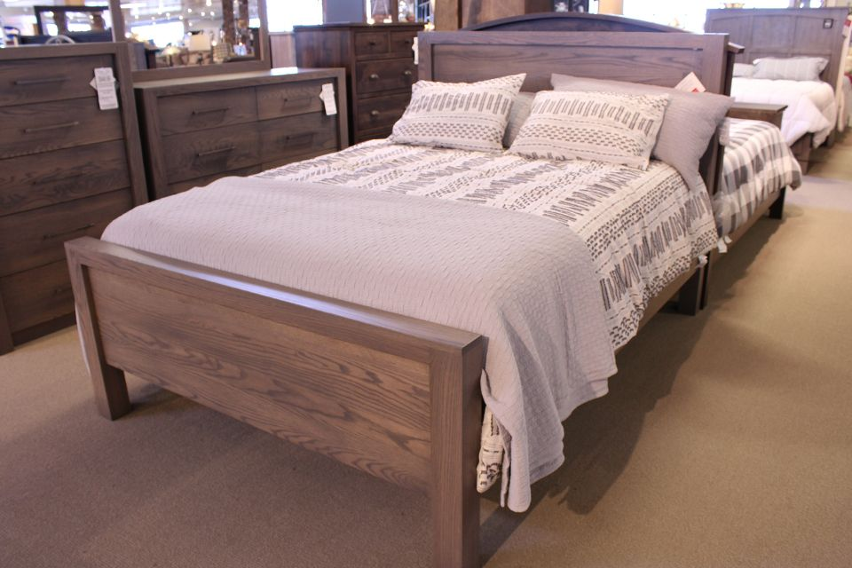 Queen Oak Bed